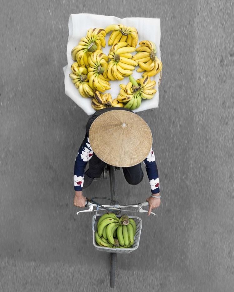Photos of street vendors that are satisfying AF now up