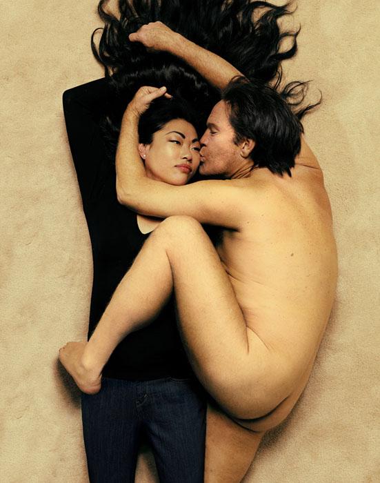 Annie_Leibovitz___John_Lennon_and_Yoko_Ono_1980_2014