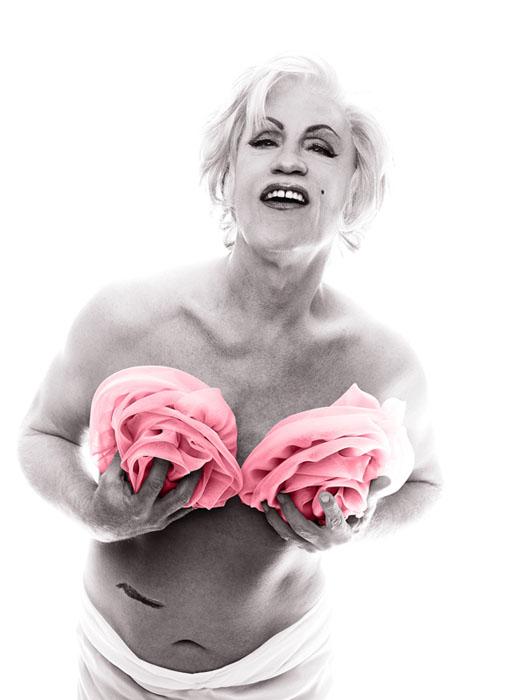Bert_Stern___Marilyn_in_Pink_Roses_date_2014