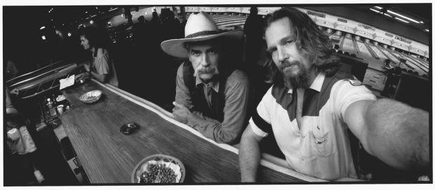 Jeff Bridges Panoramic Movie Set Photos Via Comeintoland