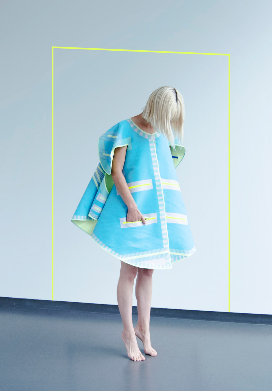 Vera-de-Pont_Pop-Up_fashion-collection_graduation_fashion-designer_Dutch-Design-Week-2015_dezeen_936_7